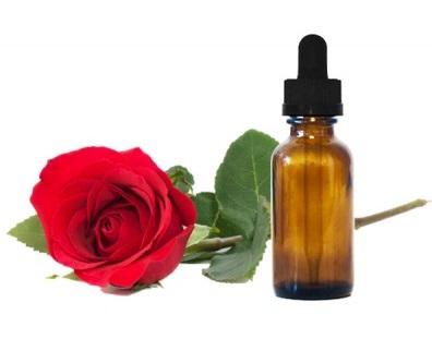 اسانس طبیعی گل سرخ